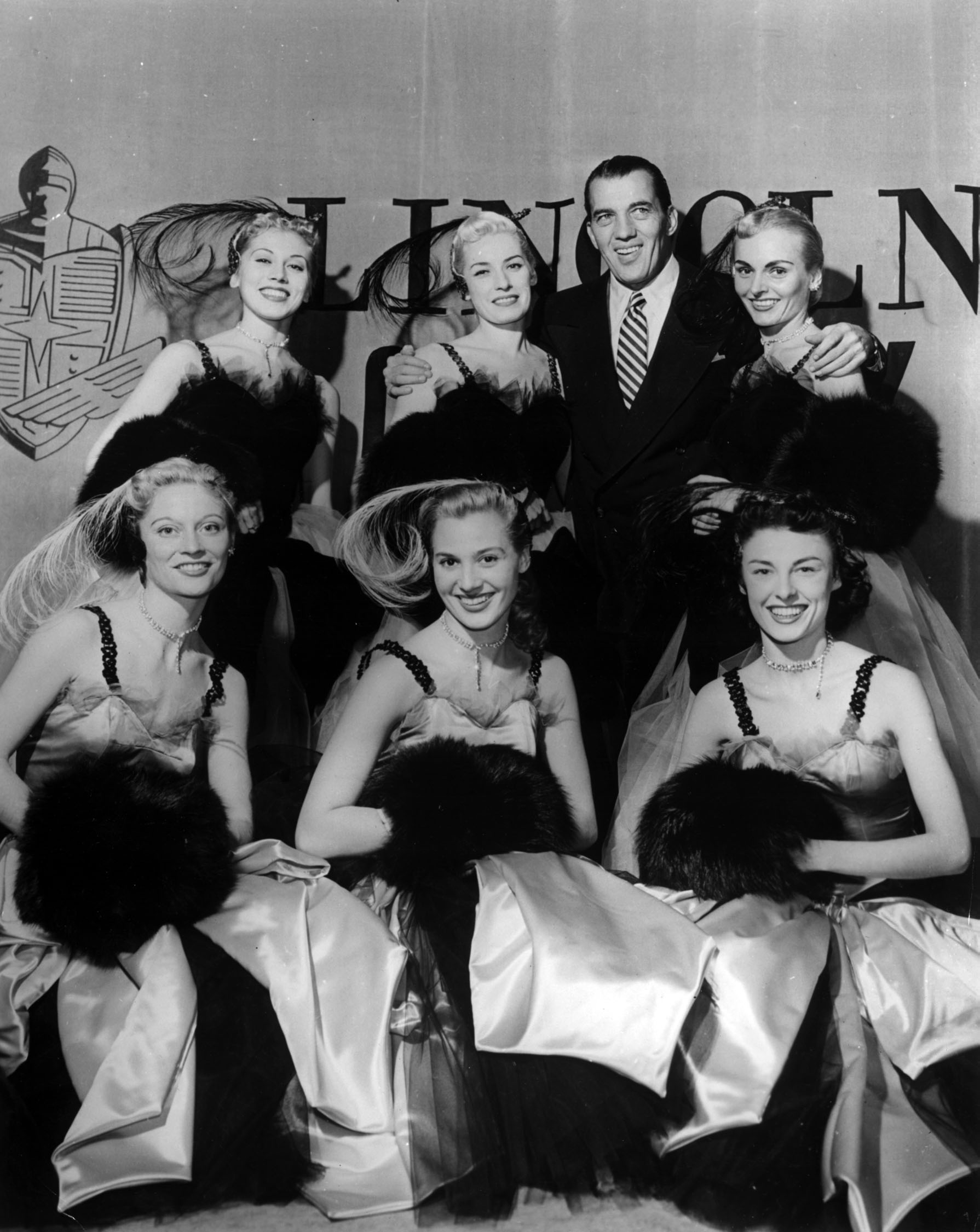 Ed Sullivan with the Toastettes