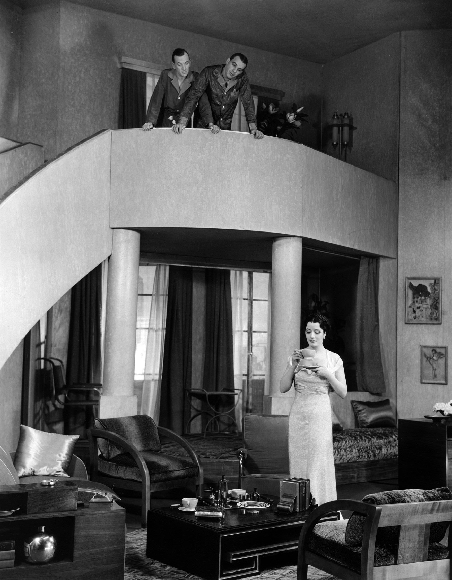 Noël Coward, Alfred Lunt and Lynn Fontanne in Design for Living.