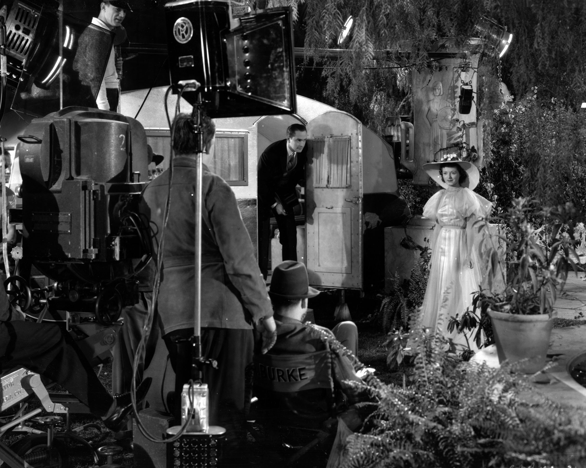 Fredric March and Janet Gaynor on the set of David Selznick's A Star is Born (1937).